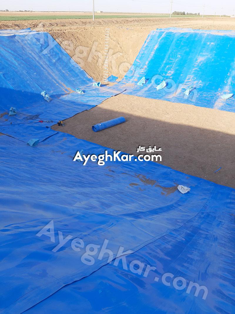 نصب ورق ژئوممبران استخر خاکی ذخیره آب در قم شهر قنوات