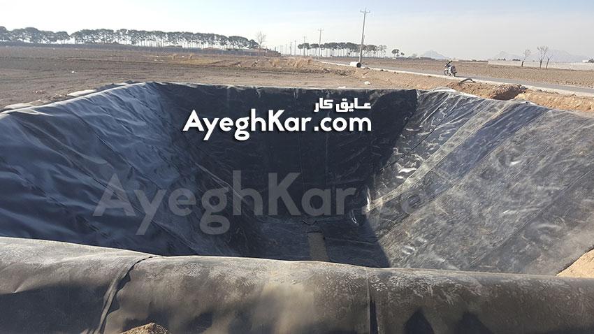 نصب ورق ژئوممبران استخر ذخیره آب کشاورزی روستای کروه اصفهان